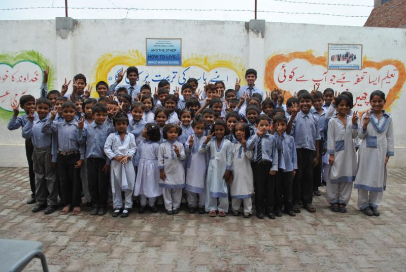 Little Bethel school children
